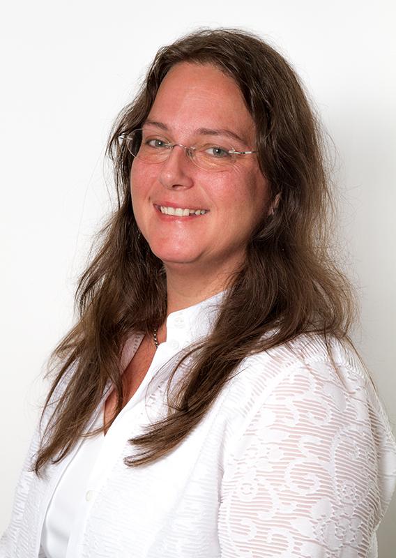 Christine Pitzinger, Sekretariat